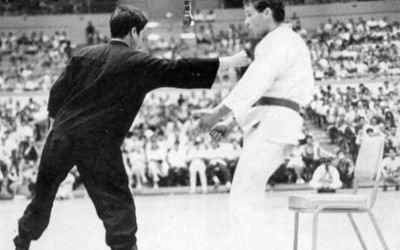 วิธีต่อยแบบ Bruce Lee - One Inch Punch หมัดหนึ่งนิ้ว