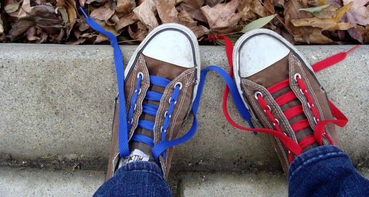 วิธีผูกเชือกรองเท้าเท่ๆ