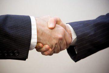 วิธีจับมือ handshake