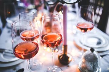 วิธีดื่มไวน์